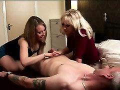 Naked amateur dude gets handjob by British CFNM girls