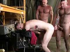 Hunk gays threesome throat and anal fucking