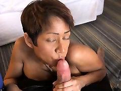 Black Milf with Big Tits Gets a big Facial
