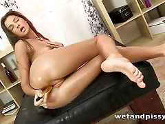 Hot babe squirts for the first time in solo masturbaton