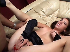 Skinny chick banged up her ass