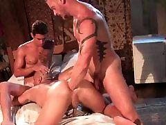 Sexy Sauna Fuckers 2