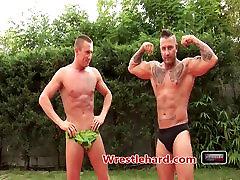 Wrestlehard.com gay wrestling Claudio vs Armanio