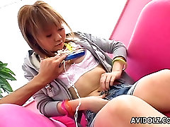 Hot Japanese teen gets orgasm