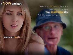 Old plumber fucks his cutie blonde customer