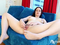 Small Breasted Savannah Masturbating Her Quim