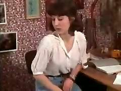 Pretty Vintage Teen Enjoys A Threesome !